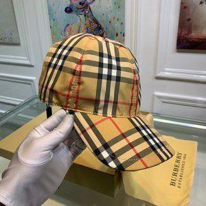 Burberry Vintage Duck Check Baseball Cap hats